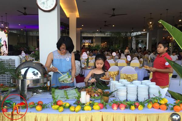 Đặt Tiệc Liên Hoan Cuối Cấp Tại Các Trường Học Ở Hà Nội 0386091000