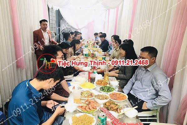 Đặt 30 mâm cỗ tiệc báo hỷ nhà anh Toàn ở  Hà Nam