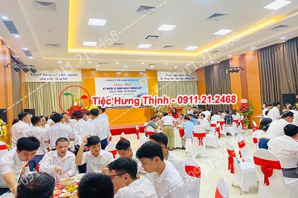 Dịch vụ đặt cỗ tại nhà ở Quỳnh Mai 0911212468